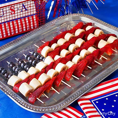 4th-of-july-cakes-with-fruit-2014-2