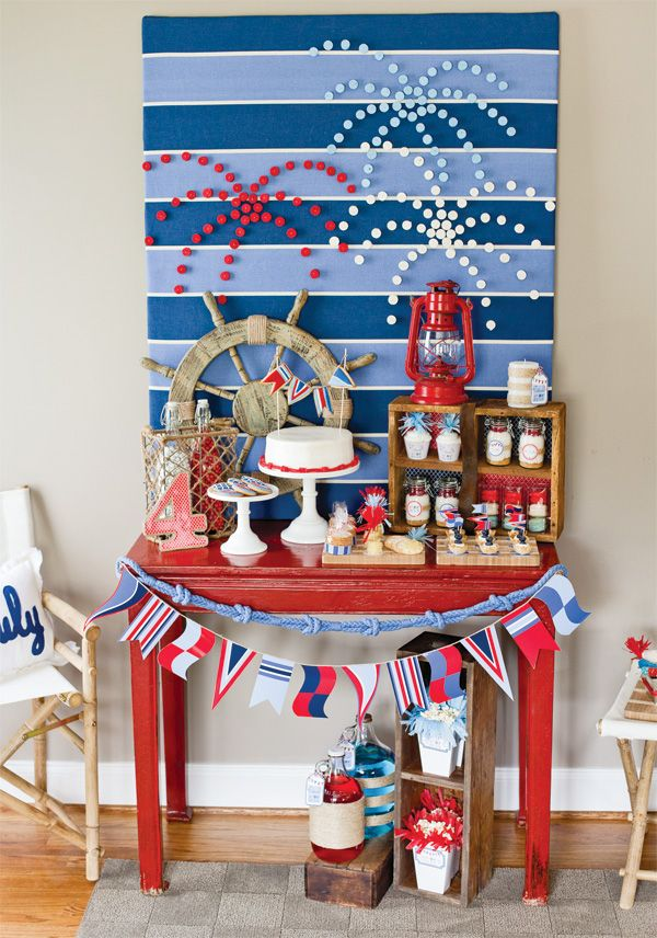 july-4th-party-sweets-table-red-white-blue