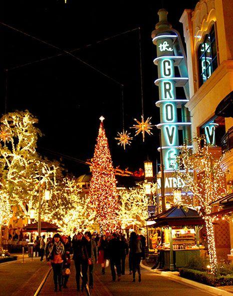 THE-GROVE-CHRISTMAS-MALL