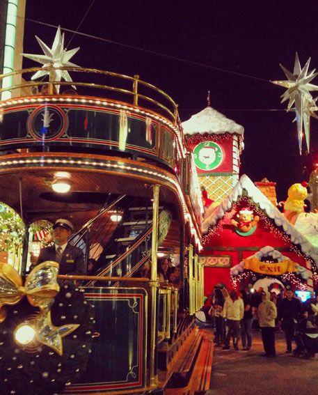 THE-GROVE-CHRISTMAS-TRAIN