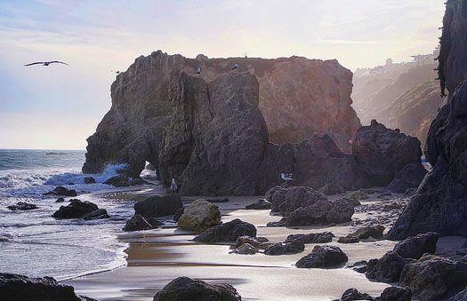 MATADOR-BEACH-ROCAS