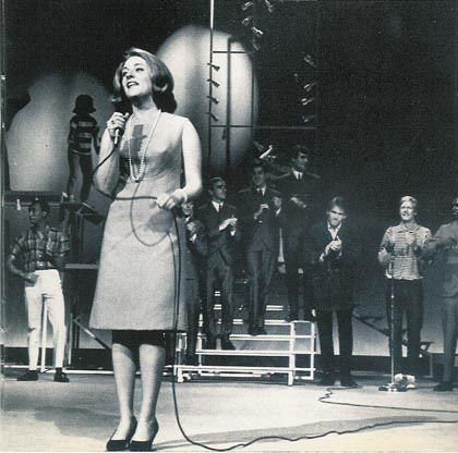 LESLEY-GORE-SINGING