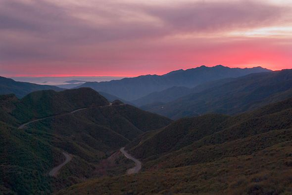 PINK-MOMENT-MONTAINS