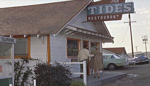BODEGA-BAY-THE-TIDES-RESTAURANT