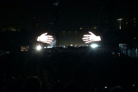 U2 LOVE HATE