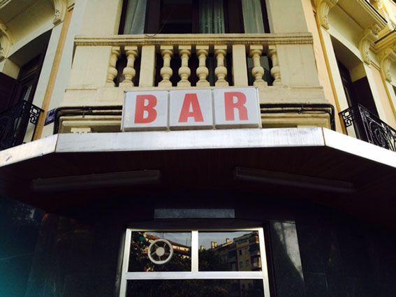 BARRIO BAR